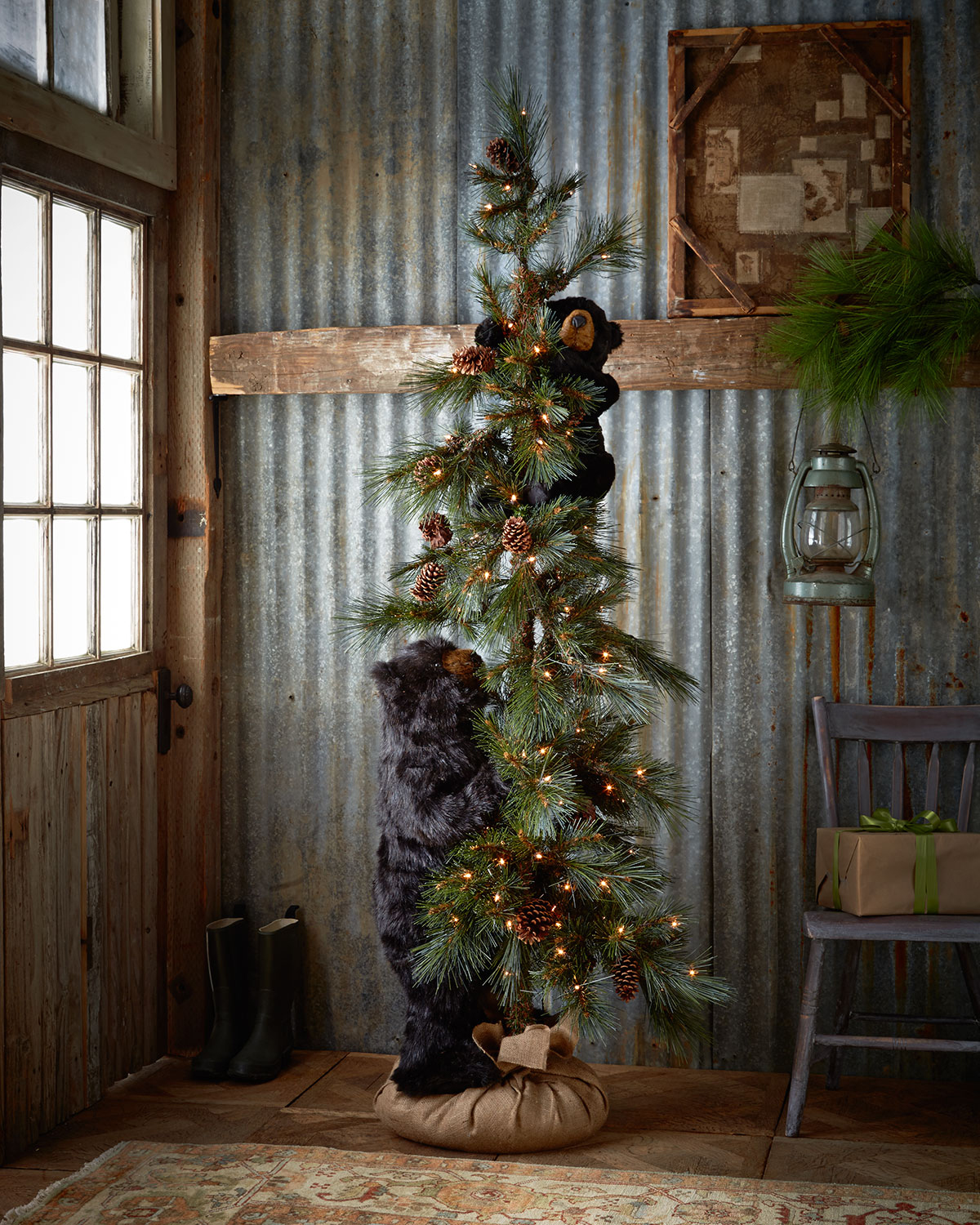 Ditz Design by the Hen House - Black High Mountain Bear Tree