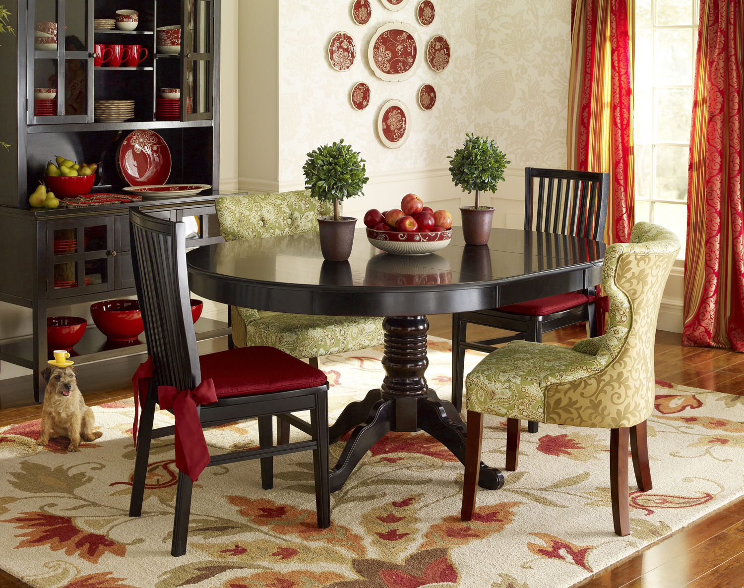 Dining room ideas design inpiration for Pier 1 dining room centerpieces