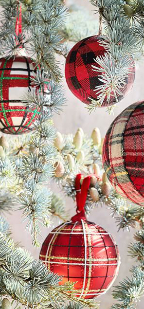 Plaid Fabric Ball Ornaments