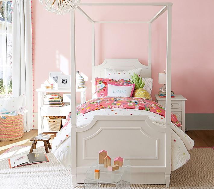 Bright Pom Pom Quilted Bedding