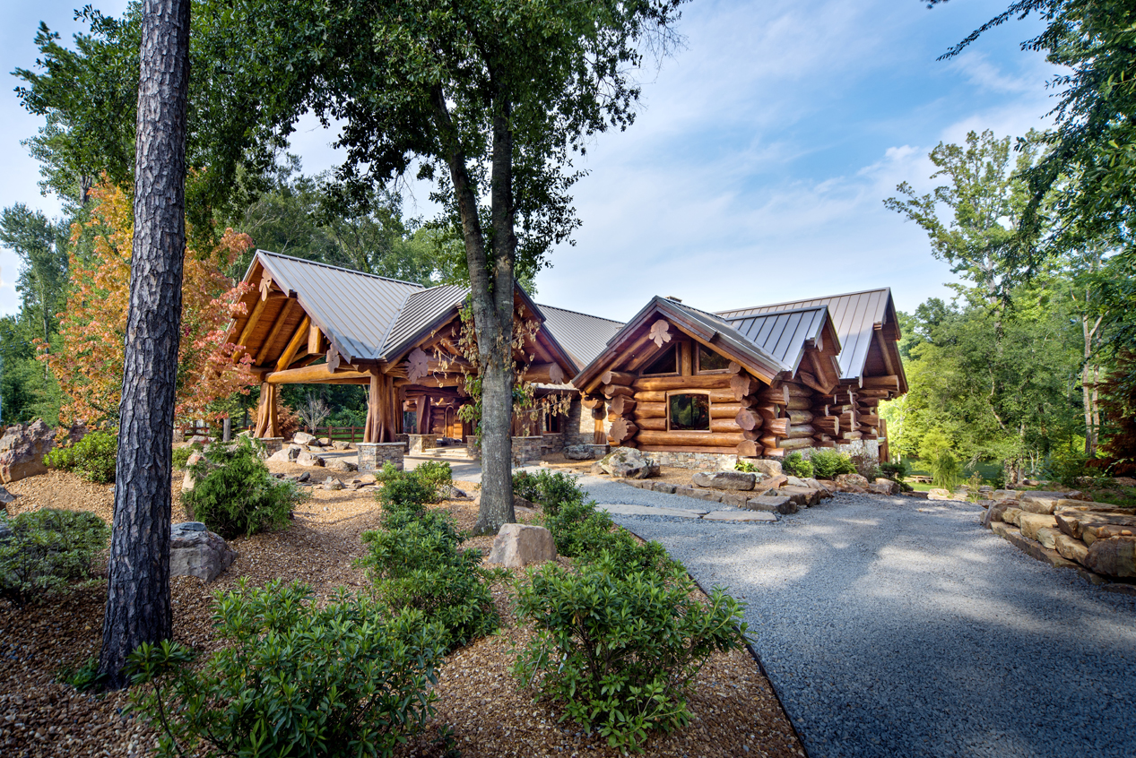 Pioneer log homes log cabins the timber kings for Log cabins homes