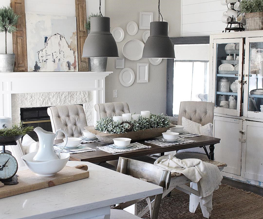 Farmhouse decor in canada grand for Grand home designs fort worth