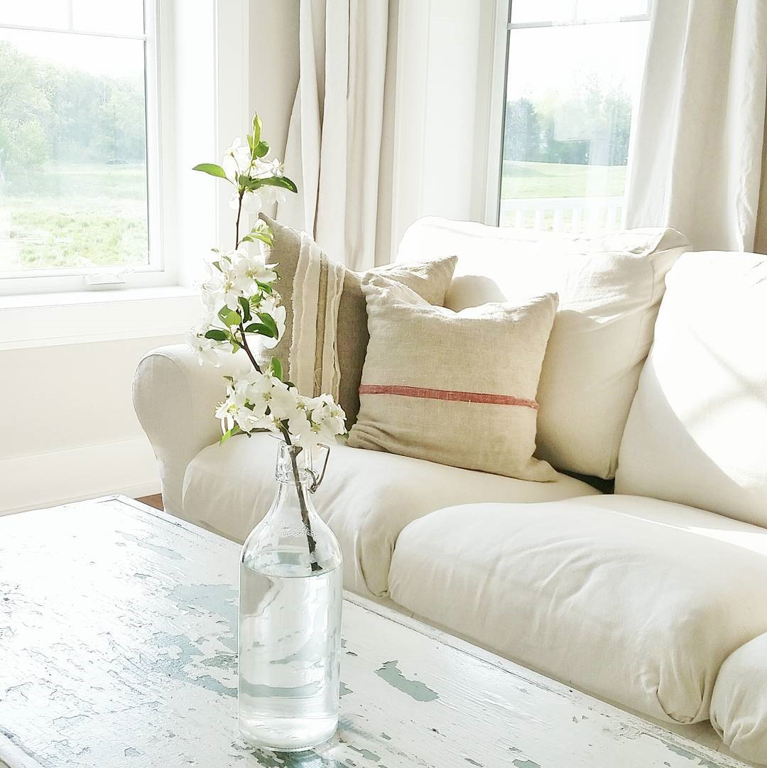 Laura Murphy | Country Living Room