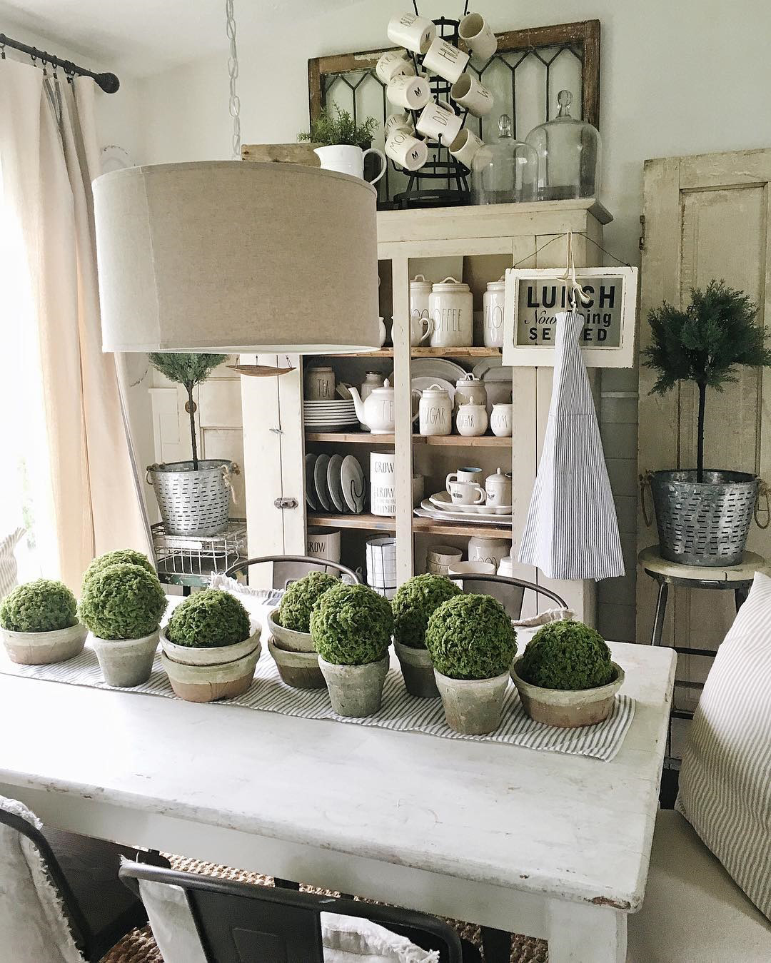 50 Inspired Farmhouse Decorating Blogs