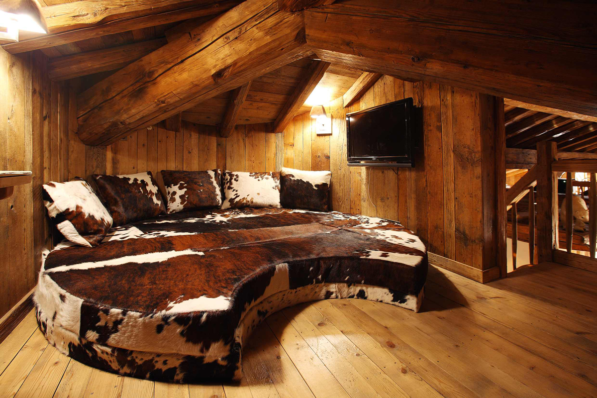Rustic interior design styles log cabin lodge Rustic chic interior design